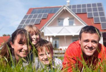 Nextlight ENERGY solar company in minneapolis family enjoying